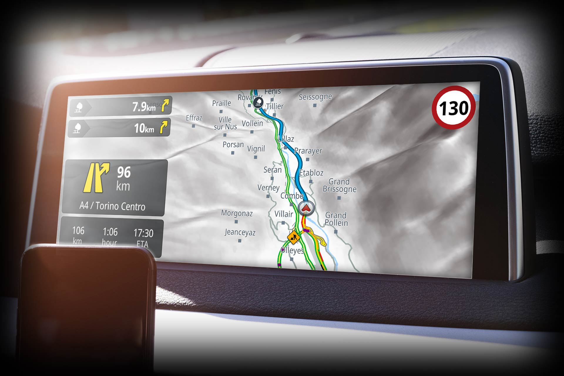 Connect Genius Maps to the in-car infotainment system. The connectivity layers supported are MirrorLink, Abalta WebLink, Bosch MySpin, Harman Connectnext, Pioneer AppRadio, and SDL-Smart Device Link.